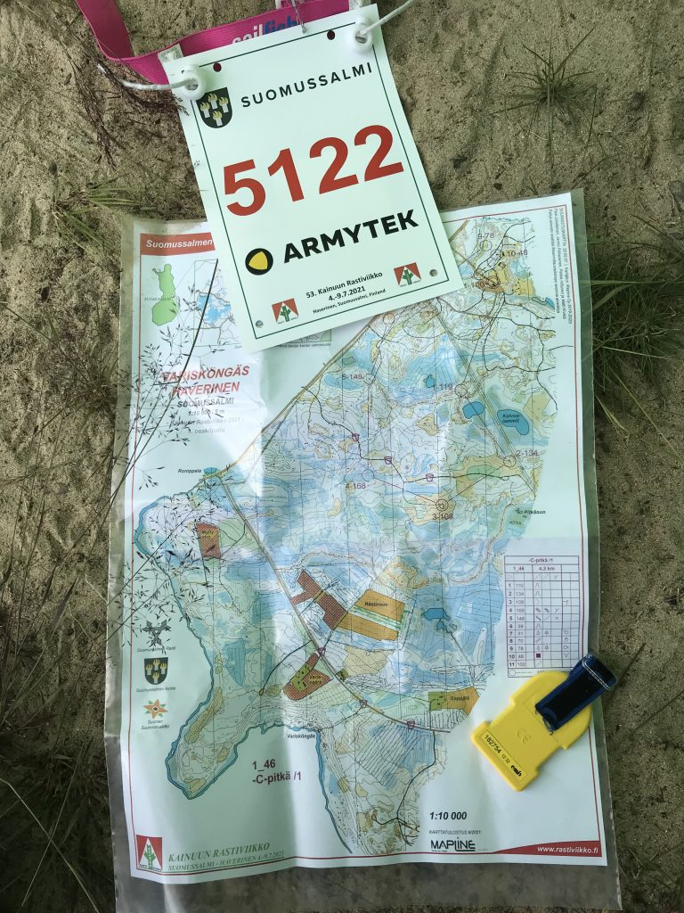 Ensimmäisen suunnistuspäivän C-helpon kartta.